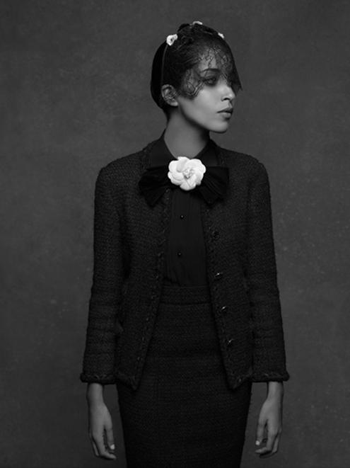 Chanel_Karl_Lagerfeld_ Leila_Bekhti.jpg