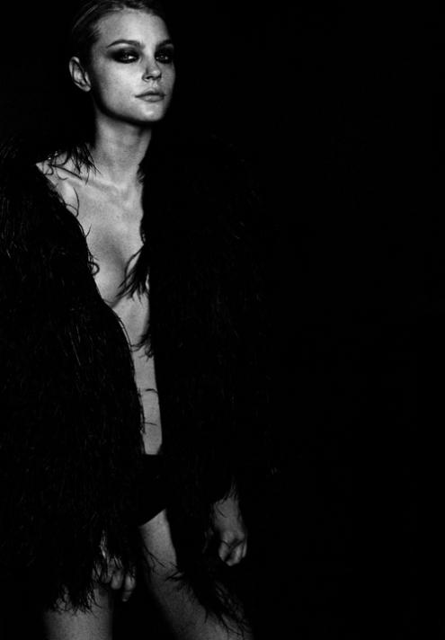 Jessica Stam Peter Lindbergh.jpg