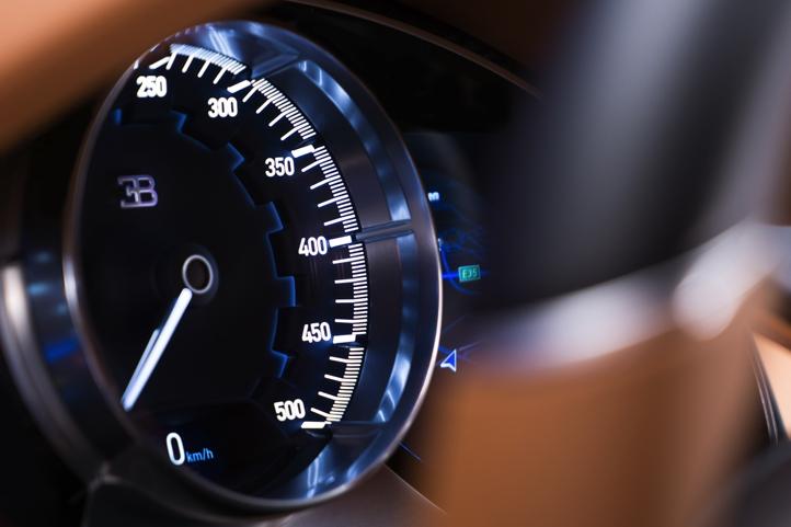 22_CHIRON_speedometer_WEB.jpg