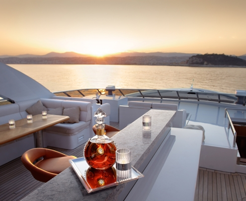 Decanter-HeesenYacht_HD.jpg