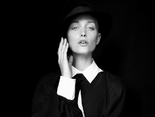 Emma Ahlund - Adrian Nina 01.jpg