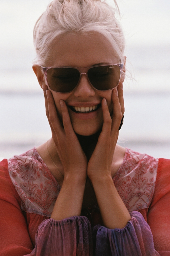 becca hiller,henrik purienne,jens pirate booty,fall 2015,fashion magazine,fille,girl,week-end,fashion,editorial,edito,mode,modèle,modeling,top model,fashion photographer,photographe de mode,photographe,photographer,luxe,luxury,élégance,sexy,nude,naked,arts,art,magazine de mode,série de mode,stylisme,tendances,trends,femmes,summer,bare,natural,beach,blond