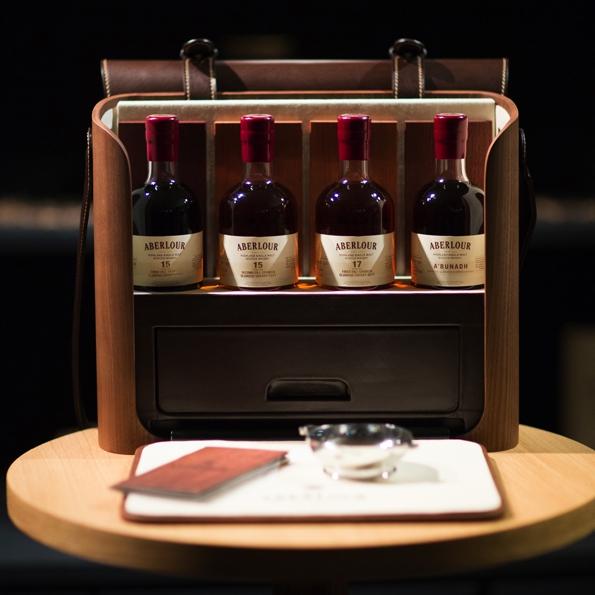 aberlour,wood essence,whisky,whiskey,single malt,malt,sherry,a bunadh,écosse,quaichs,luxe,rare,saveurs,flavors,gastronomie,gastronomy,trends,tendances,blogueur,blogger,art de vivre