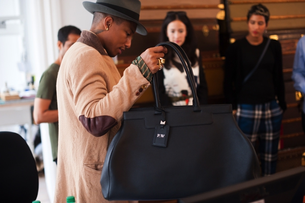 moynat,moynat paris,sac,bag,femme,woman,réjane,rejane,saddle,paradis,valise,limousine,rejane clutch,rejane pochette,malletier,sacs,maroquinerie,trunks,trunk,luxe,luxury,pauline moynat,story,ramesh nair,directeur,artistique,art,direction,faubourg saint honoré,malle,malles,élégance,leather,artisanat,artisan,pharrell williams,collaboration,colette paris,paris fashion week,pfw,trends,tendance