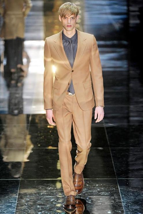 Gucci - Andrew Thomas 01.JPG