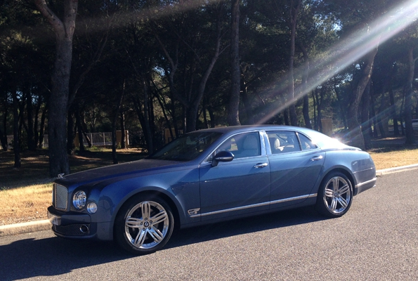 bentley,bentley motors,mulsanne,flying spur,benteyga,limousine,continental gt,automobile,luxe,luxury,cars,angleterre,britannique,british,grande bretagne,prestige,sur mesure,bespoke,tendances,trends,blogueur luxe,blogueur,blog,blogger,france,french,french riviera,lifestyle