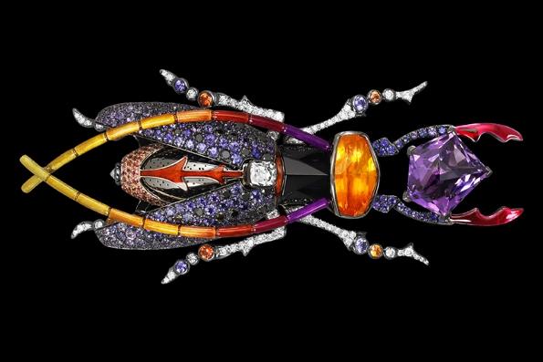 lorenz bäumer,joaillier,joaillerie,jewelry,jewellery,paris,luxe,gold,or,diamant,diamond,place,vendôme,luxury,anniversaire,anniversary,20 ans,scarabées,khéper,soleil,boutique,shop,fashion,mode,secret,accessoire,accessory,accessories,designer,design,haute joaillerie,joaillerie olfactive,mécanisme,saphir,tourmaline,vert,bleu,green,blue