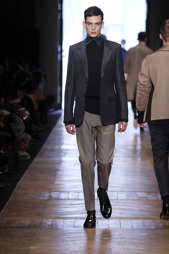 cerruti,nino cerruti,cerruti 1881,fashion desginer,fashion,designer,mode,homme,man,hommes,men,collection,automne,hiver,fall,winter,2013,paris,france,italie,élégance,luxe,luxury