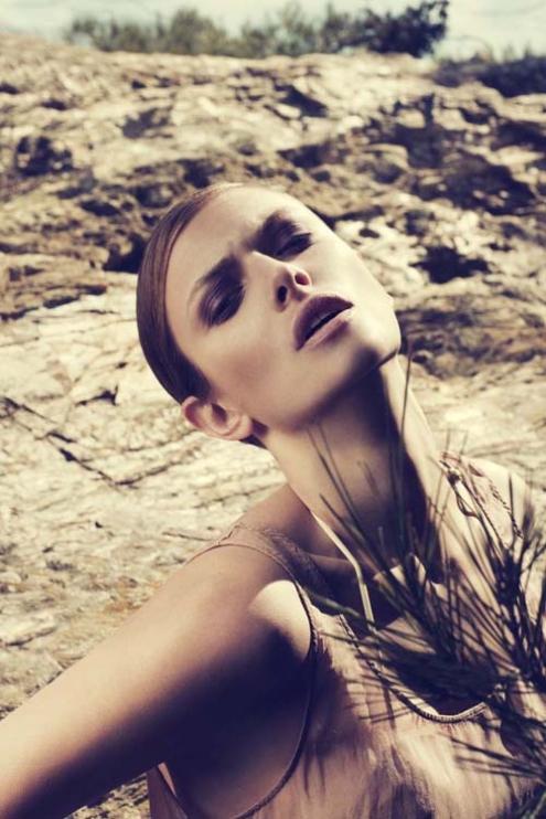 Jessica Lewis - Henry Moshizi 01.jpg