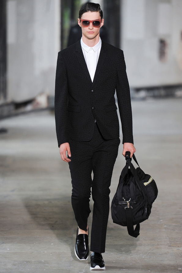 fashion designer,créateur,mode,designer de mode,designer,luxe,luxury,ready to wear,prêt à porter,suit,costume,trends,tendances,fashion show,défilé,hommes,man,femme,femmes,woman,women,printemps,été,spring,summer,2014