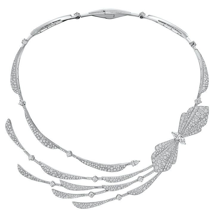 Silhouette-Collier ras de cou en or banc 18 cts et diamants -170 000€.jpg