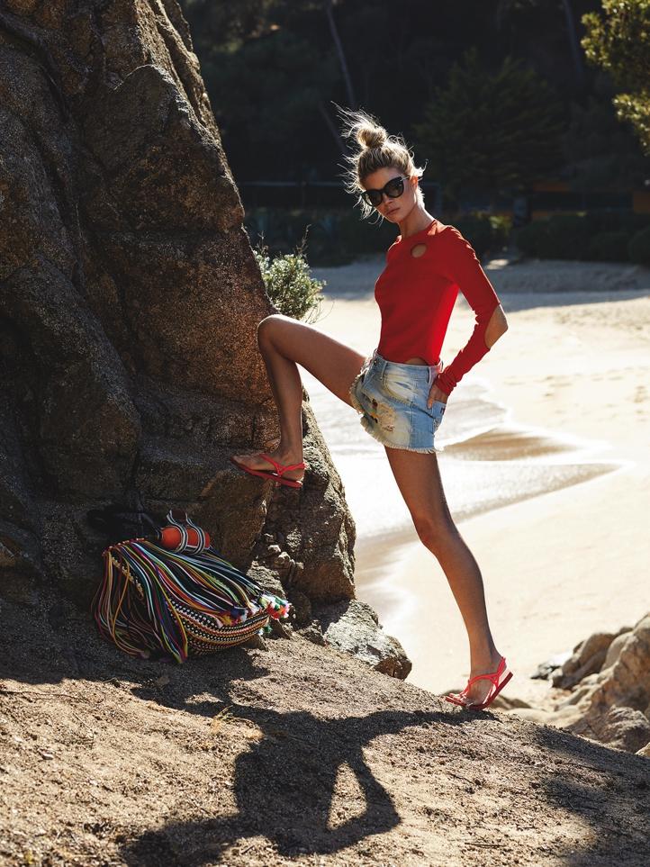 Cristina-Tosio-by-Xavi-Gordo-for-Glamour-Italy-1.jpg