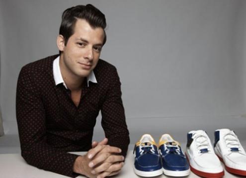 gucci-flash-sneaker-stores-2-468x339.jpg