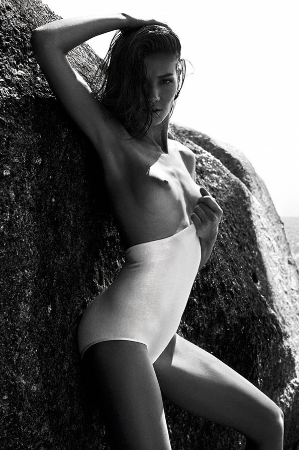 Sheila Marquez Alvaro Beamud Cortes, S Moda,magazine,éditorial mode,éditorial,mode,édito,editorial,fashion editorial,fashion photographer,photographer,photographe,photographe de mode,fashion,sexy,model,girl,fille,femme,women,femmes,modeling,modèle,luxe,luxury,portrait,glamour,mannequin,lovely,summer,sea,printemps,été,swimwear,swim,beach,blue,turquoise,colors,nude,naked,gorgeous