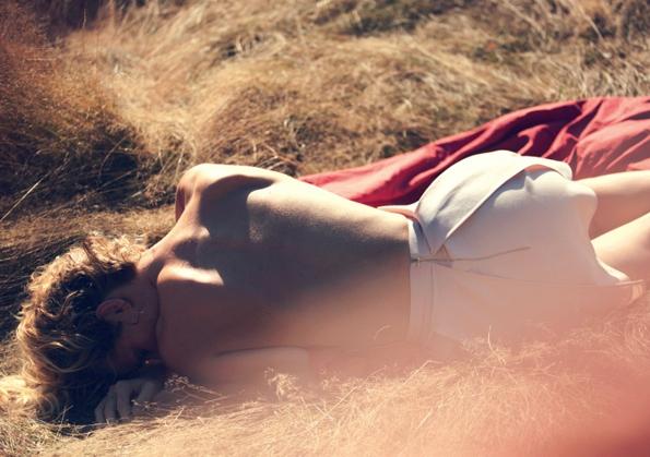 eva herzigova,david bellemere,twin magazine,twin,magazine,éditorial mode,éditorial,mode,édito,editorial,fashion editorial,fashion photographer,photographer,photographe,photographe de mode,fashion,sexy,model,girl,fille,femme,women,femmes,modeling,modèle,luxe,luxury,portrait,glamour,mannequin,lovely,summer,sea,printemps,été,swimwear,swim,swimming pool,pool,blue,turquoise,colors,nude,naked,black and white,black & white,black,white,color