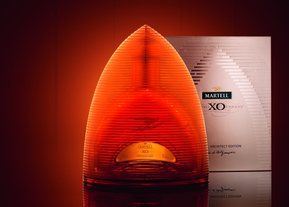 martell,cognac,martell xo exclusive architect edition,christian de portzamparc,pritzker prize,architect,design,martell xo,xo,rare,coffret,box,édition,edition,limité,limited,chai,borderies,région,france,french,art de vivre,lifestyle,liquor,luxury,luxe,histoire,héritage,legacy,prestige,bottle,craftmanship,craft,élégance,elegance,hong kong,eau-de-vie