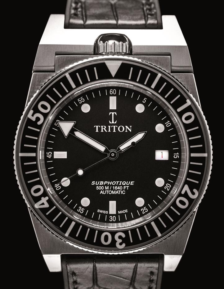 MONTRE_TRITON_2_FONDNOIR_ sur bracelet Alligator.jpg