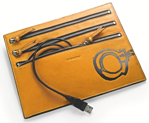Hugo Guinness Handcuff Electronic Zip Cord Pouch (Aged Vachetta) - Style 61547.jpg