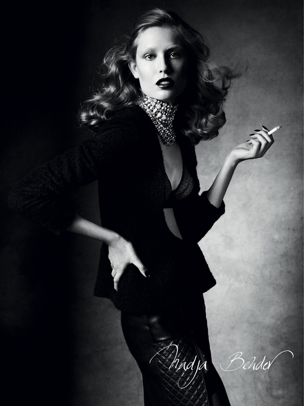 victore demarchelier,antidote,antidote magazine,karlie kloss,cora emmanuel,Malgosia Bela,magazine,mode,éditorial,édito,editorial,fashion editorial,fashion photographer,photographer,photographe,photographe de mode,fashion,sexy,model,girl,fille,femme,women,femmes,modeling,modèle,luxe,luxury,portrait,glamour,mannequin,lovely,fall,winter,automne,hiver,nude,naked,fur,fourrure,ambiance,ambiant