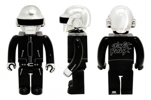 daft-punk-silly-thing-1000-kubrick-set-closer-look-2.jpg