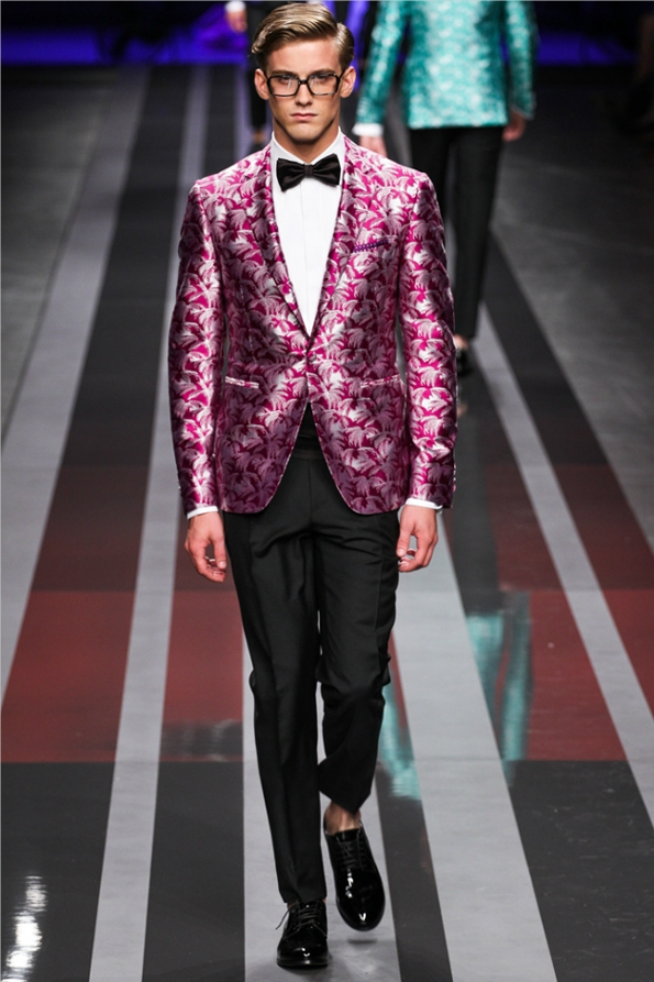 canali,men,hommes,fashion,mode,printemps,été,spring,summer,collection,2013,créateur,designer,london,londres,milan,milano,luxe,luxury,tendances,trends,fashion designer,créateur de mode,chic,élégant,dandy,couleur,gentlemen,gentleman,farmer,travel,tissus,rayures tennis,suit,costumes,tailor,tailleur,héritage,sartorial,prêt à porter,sur mesure,bespoke,style,vert émeraude,bleu,green,blue,mad men,mad men style