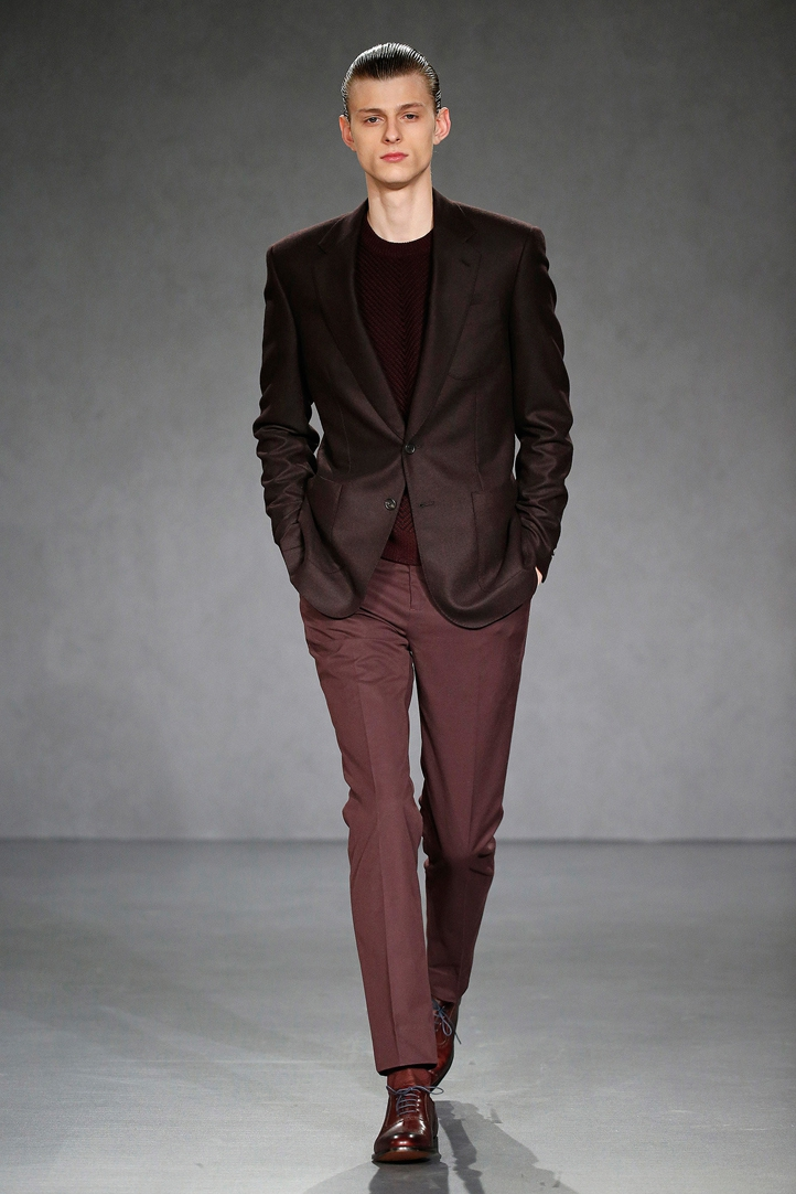 gieves & hawkes,gieves,hawkes,royal appointment,bespoke,savile row,couturiers,maîtres tailleurs,tailor,londres,luxe,luxury,tendances,mode,jason basmajian,fashion designer,gentleman,fashion show,défilé,homme,hommes,automne,hiver,2015