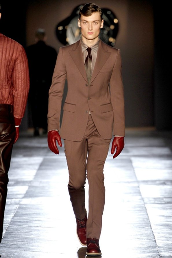 viktor &amp; rolf, mode, fashion, men, homme, collection, fall, winter, automne, hiver,hollande,hollandais,dutch,paris,france,french,fashion show, 2012, 2013, luxury, luxe, trends, tendances, black tie