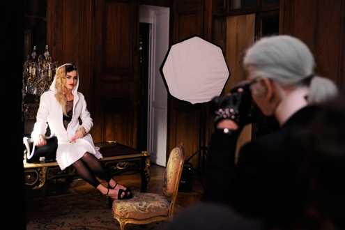 chanel-alice-dellal-karl-lagerfeld-boy-chanel-campaign-making-of-07.jpg