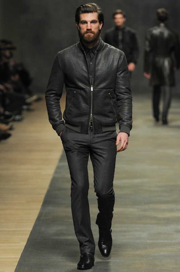 hermès, christophe lemaire, véronique nichanian, collection, homme, men, fall,winter,automne,hiver,2012,2013, mode, fashion, paris, luxe, élégance, trends, tendances, trendy, accessoires, kelly, birkin, hac, sac, bags, luxury,faubourg, saint-honoré,sellier,cuir,artisanat,malletier,orange,
