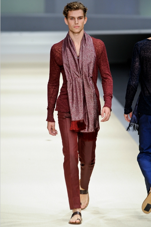 Canali SS2012 - 02.jpg