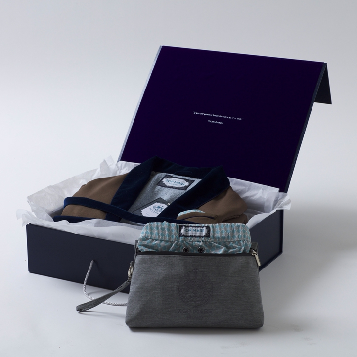 9716 Blazer box open and SS pouch SM Low-Res.jpg