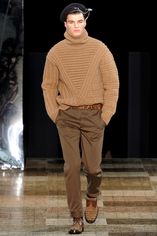 louis vuitton, marc jacobs, kim jones, men, hommes, uomo, fashion, mode, moda, automne, hiver, fall, winter, collection, 2012,2013, créateur, designer, france, riviera, preppy, casual, chic, sportswear, accessoires, luxury, luxe, leather,suisse,italie,alpes,banquier,dandy,dandies,paris,genève