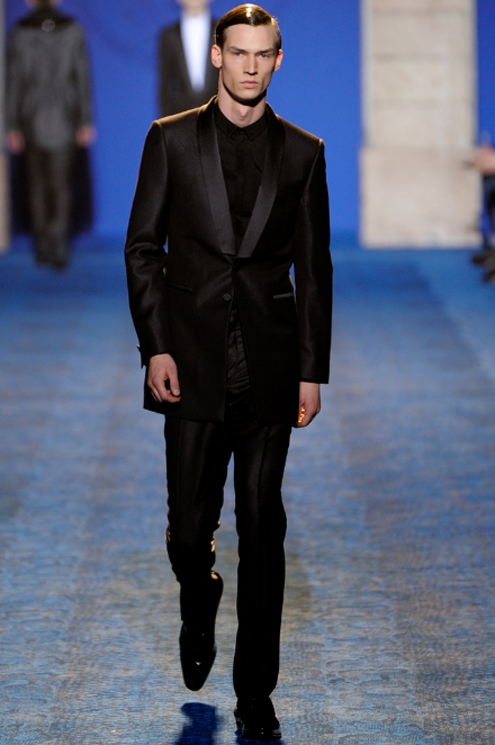 Versace FW2011 - 04.jpg