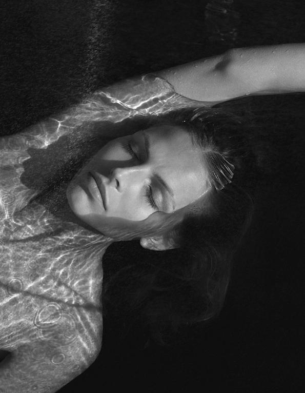 karlina caune,benjamin vnuk,scandinavia ssaw,spring,summer,printemps,été,2015,fashion magazine,fille,girl,week-end,fashion,editorial,edito,mode,modèle,modeling,top model,fashion photographer,photographe de mode,photographe,photographer,luxe,luxury,élégance,sexy,nude,naked,arts,art,magazine de mode,série de mode,stylisme,tendances,trends,femmes,black,white,b & w,beach,sea,water