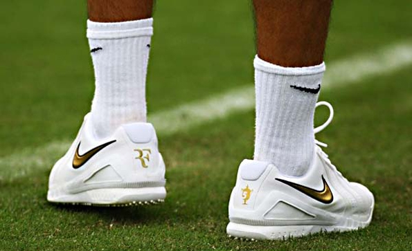 nike,roger federer,tennis,shoes,chaussures,limited,edition,édition limitée,sport,luxe,luxury,ebay,record,box,set,rare,gold,black,air zoom vapor 9,287,name 287,287 weeks,number one,1,champion,air zoom vapor 287