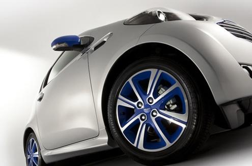 aston-martin-colette-cygnet-car-2.jpg