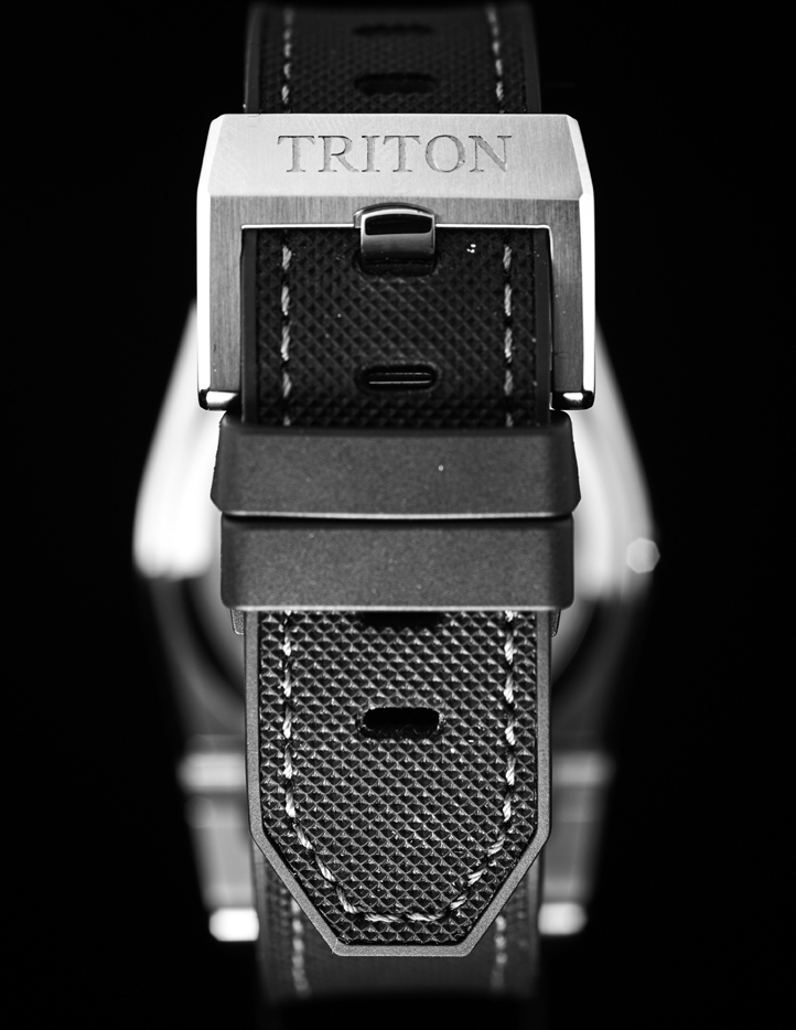 TRITON BUCKLE & STRAP.jpg