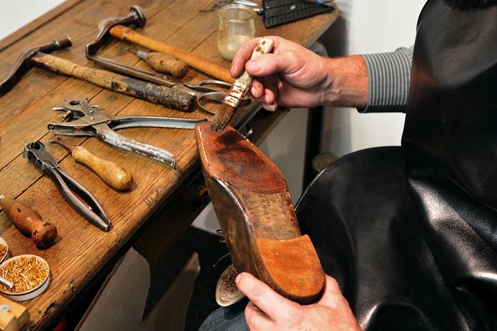 aubercy,paris,souliers,chaussures,bottiers,sur mesure,bespoke,grande mesure,demi mesure,artisan,artisans,cordonnerie,cordonnier,atelier de haute cordonnerie,service,qualité,savoir faire,héritage,luxe