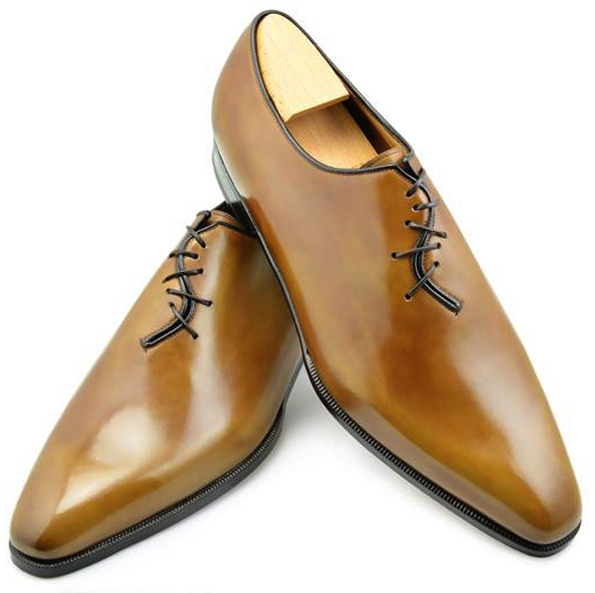 aubercy,maison aubercy,aubercy paris,paris,andy,derby,souliers,chaussures,richelieu,mocassins,loafers,cuir,veau,leather,calfskin,commande spéciale,créateur,sur mesure,made to order,luxe,luxury,tendances,trends,mode,dandy,dandies,rue vivienne,automne,autumn,fall,winter,hiver,hommes,men,bottiers,crazy lace,rouge,noir,red,black,patine,patina