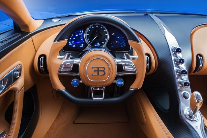 20_CHIRON_steering-wheel_WEB.jpg