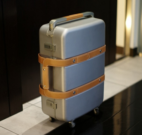 hermes-aluminum-leather-suitcase-3.jpg