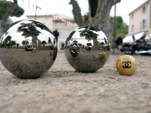 boules-petanque-chanel.jpg