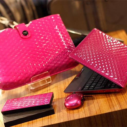 asus_karim_rashid_laptop_pink.jpg