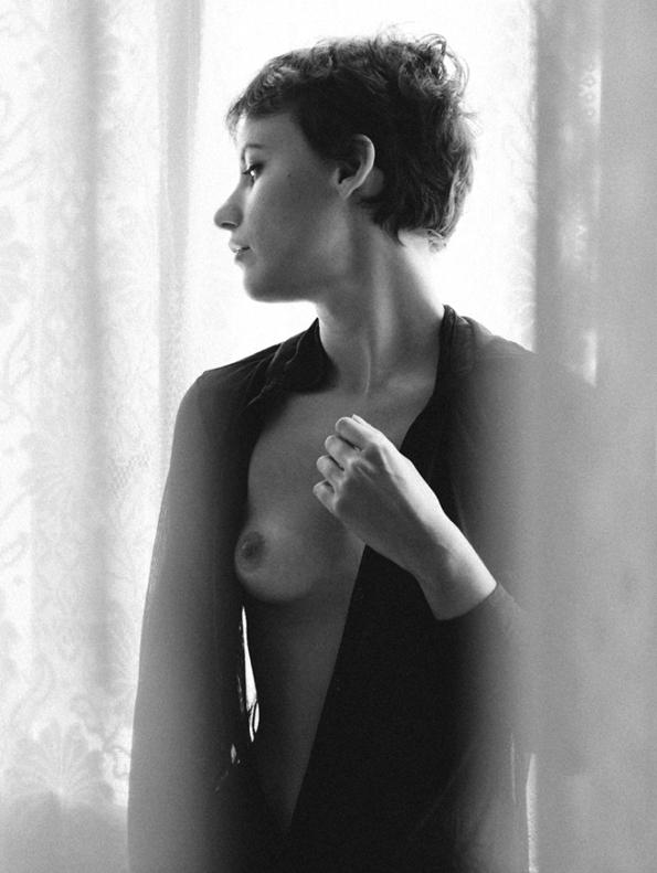 elena fortina,marco michelletto,the libertine,magazine,fille,girl,week-end,fashion,editorial,edito,mode,modèle,modeling,top model,fashion photographer,photographe de mode,photographe,photographer,luxe,luxury,glamour,élégance,sexy,nude,naked,arts,art,fashion magazine,magazine de mode,série de mode,stylisme,tendances,trends,femmes,femme,women,woman