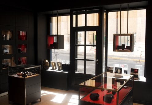 Leica store MArseille.jpg