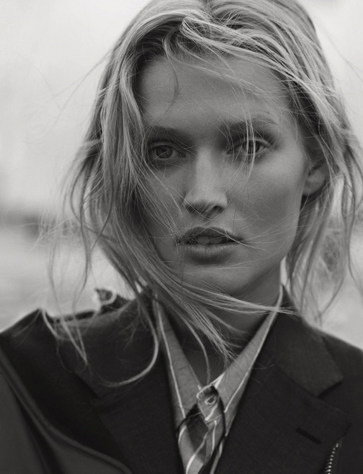 Toni-Garrn-by-Matthew-Brookes-for-GQ-Germany-5.jpg