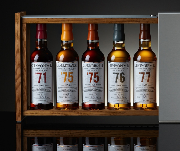 GLENMORANGIE Collection 1970 Coffret ouvert zoom bouteilles.jpg