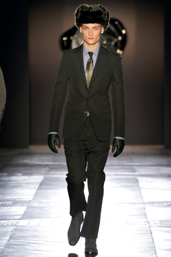 viktor & rolf, mode, fashion, men, homme, collection, fall, winter, automne, hiver,hollande,hollandais,dutch,paris,france,french,fashion show, 2012, 2013, luxury, luxe, trends, tendances, black tie