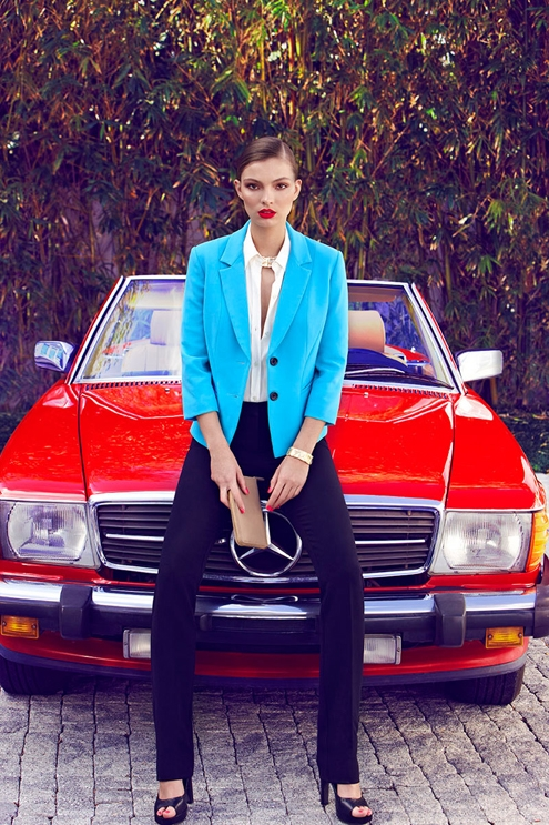 Carola Remer,Max Abadian,fashion,editorial,éditorial,mode,lookbook,spring,summer,printemps,été,le chateau,mercedes-benz,voiture,car,sexy,mode,fashion,luxe,luxury,color,turquoise,sunglasses,glamour