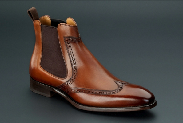 carlos santos,souliers,chaussures,portugal,cuir,leather,manufacture,artisan,artisans,artisanat,craftmen,chaussures,richelieu,mocassins,loafers,cuir,veau,leather,calfskin,prêt à chausser,créateur,luxe,luxury,tendances,trends,mode,dandy,dandies,automne,autumn,fall,winter,hiver,hommes,men,bottiers,patine,patina